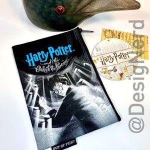 HARRY POTTER AND THE ORDER OF PHOENIX ZIPPER POUCH